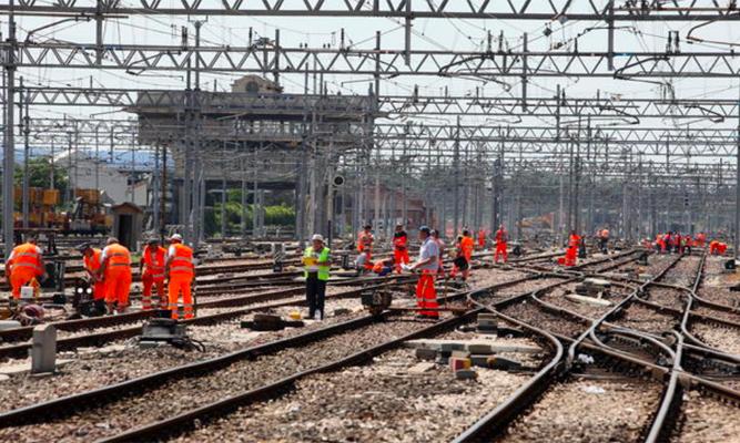 I super treni merci dalla Scandinavia a Malta: milioni di lavori in estate sulle linee Cassino e Formia